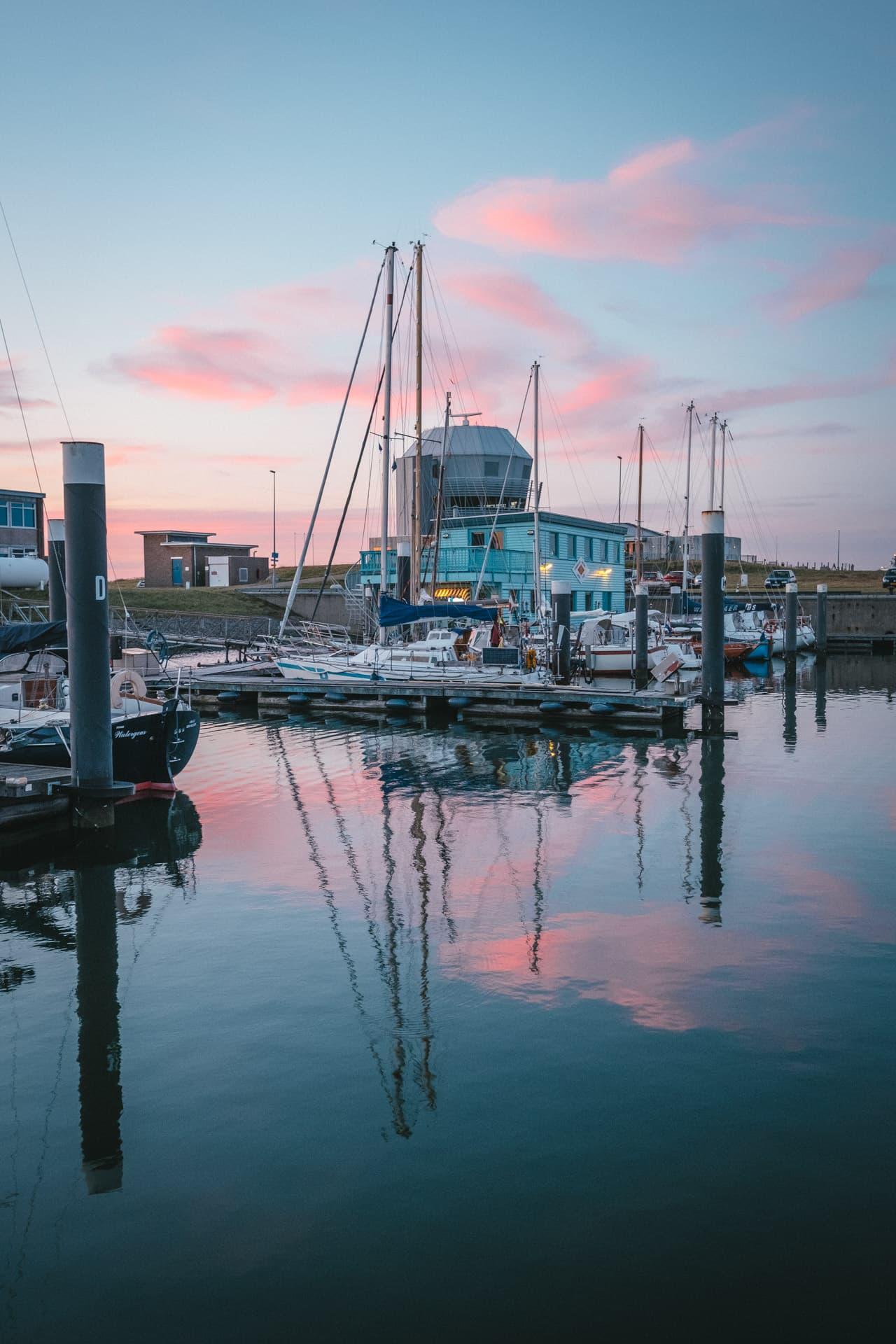 Coucher de soleil sur la marina de Den Helder