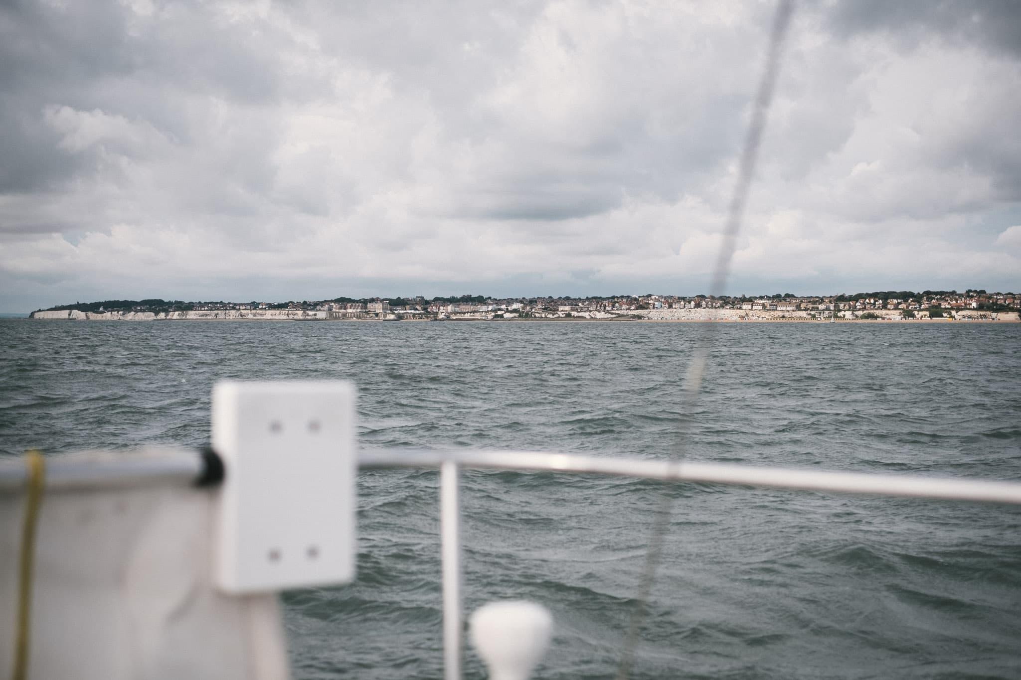 Le long des côtes