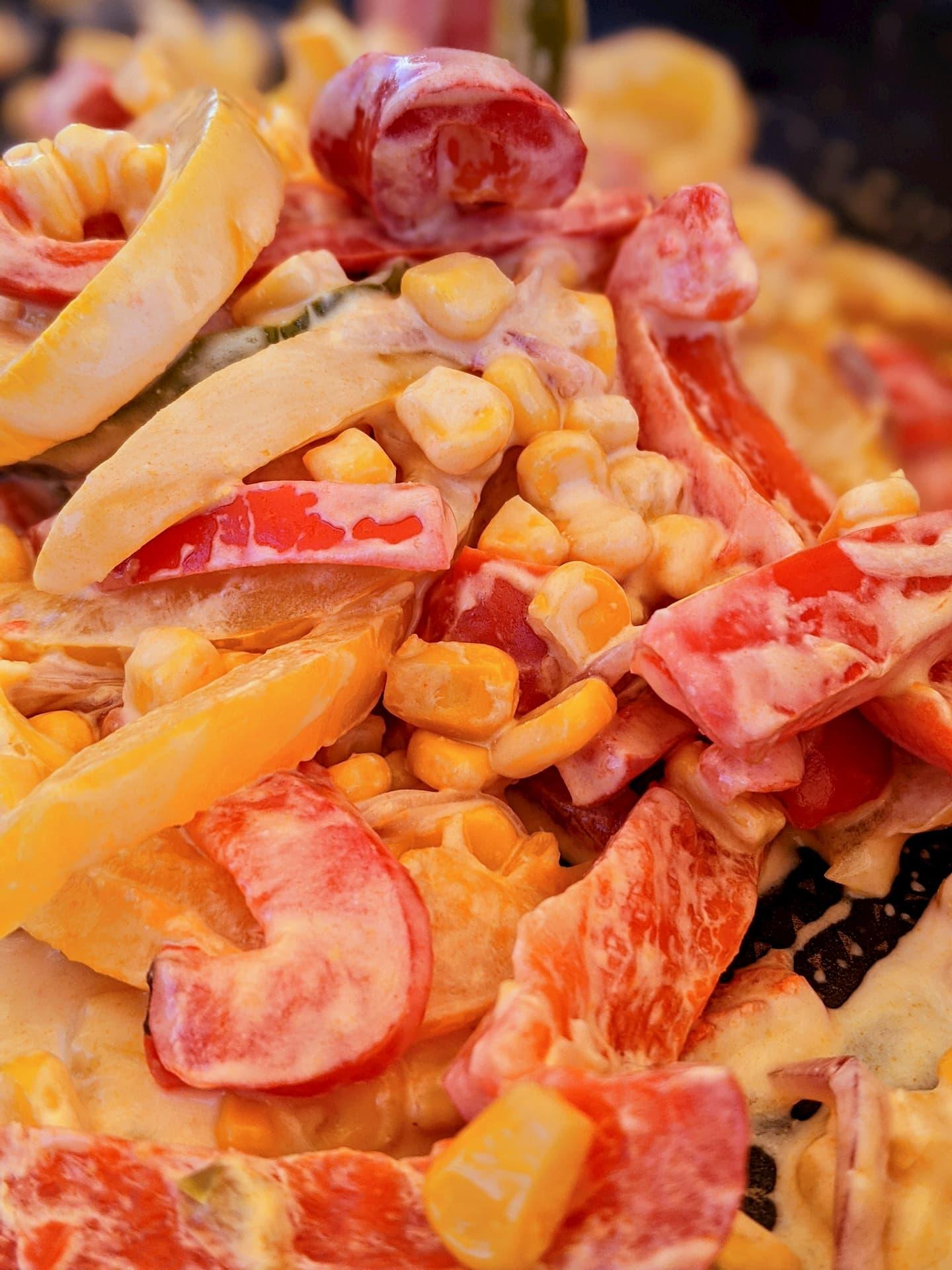 Recette d'une poêlée de poivrons et maïs au chèvre