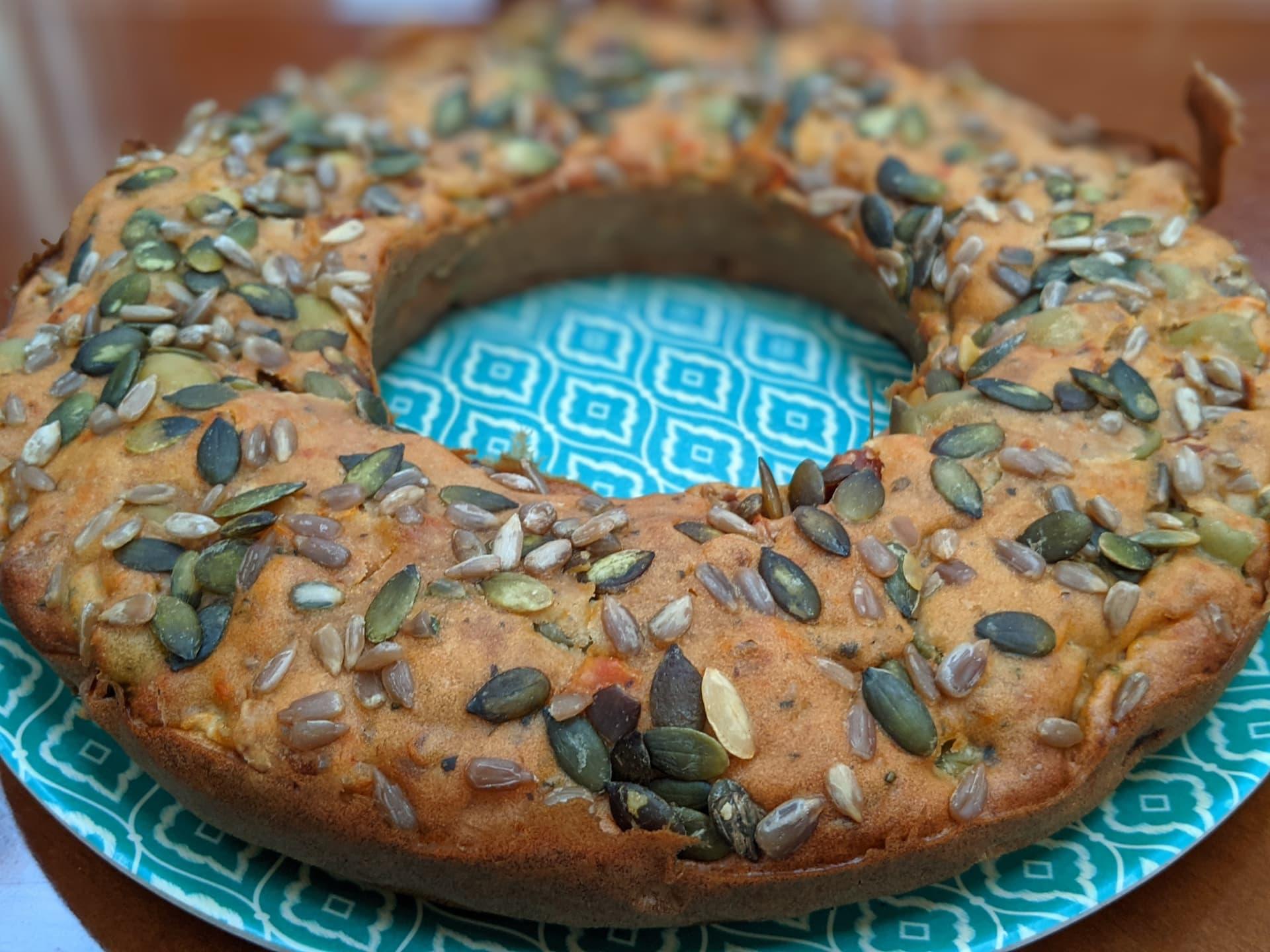Recette de cake salé aux olives et tomates séchées au four Omnia